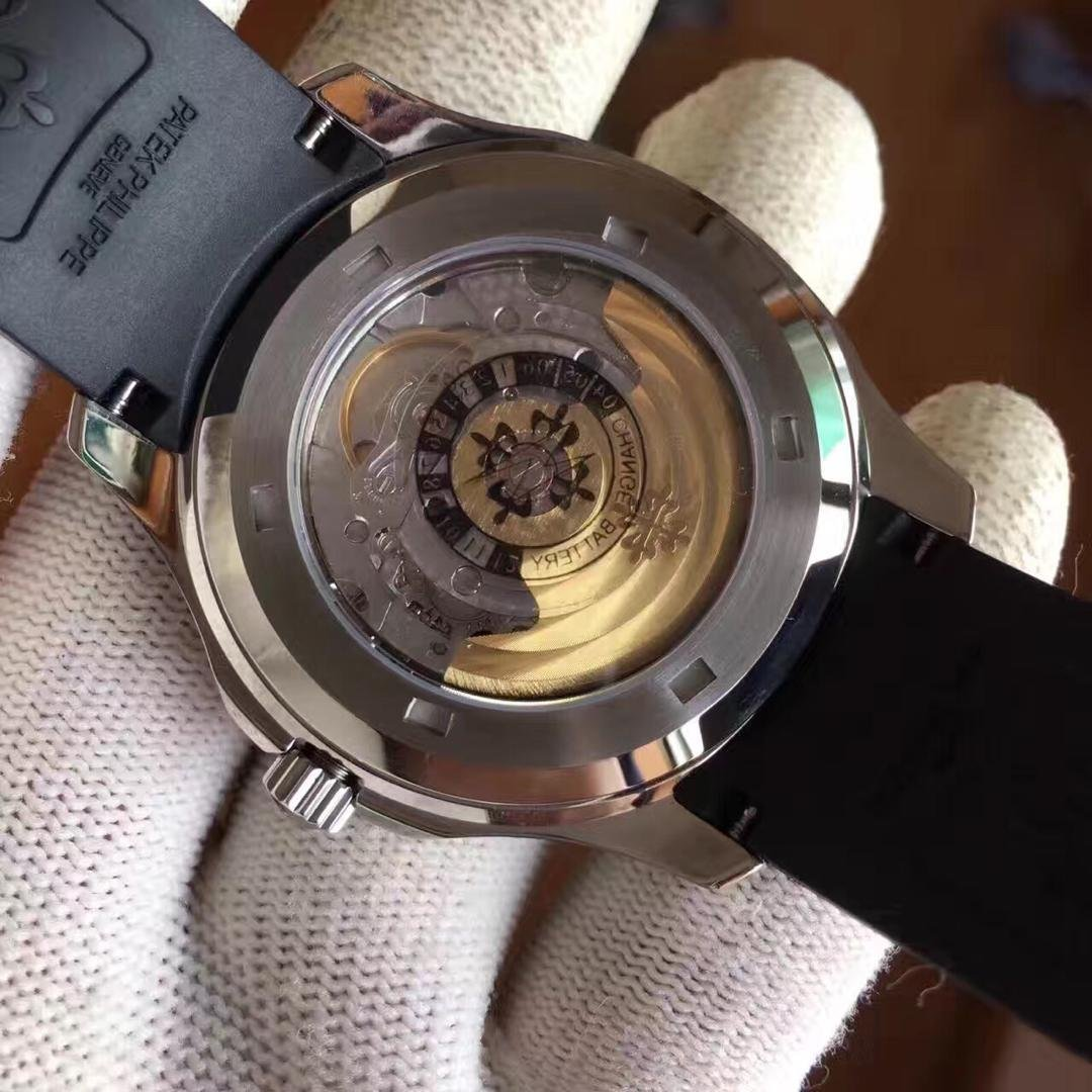 Patek Philippe Aquanaut 5167 ETA 2824 Movement