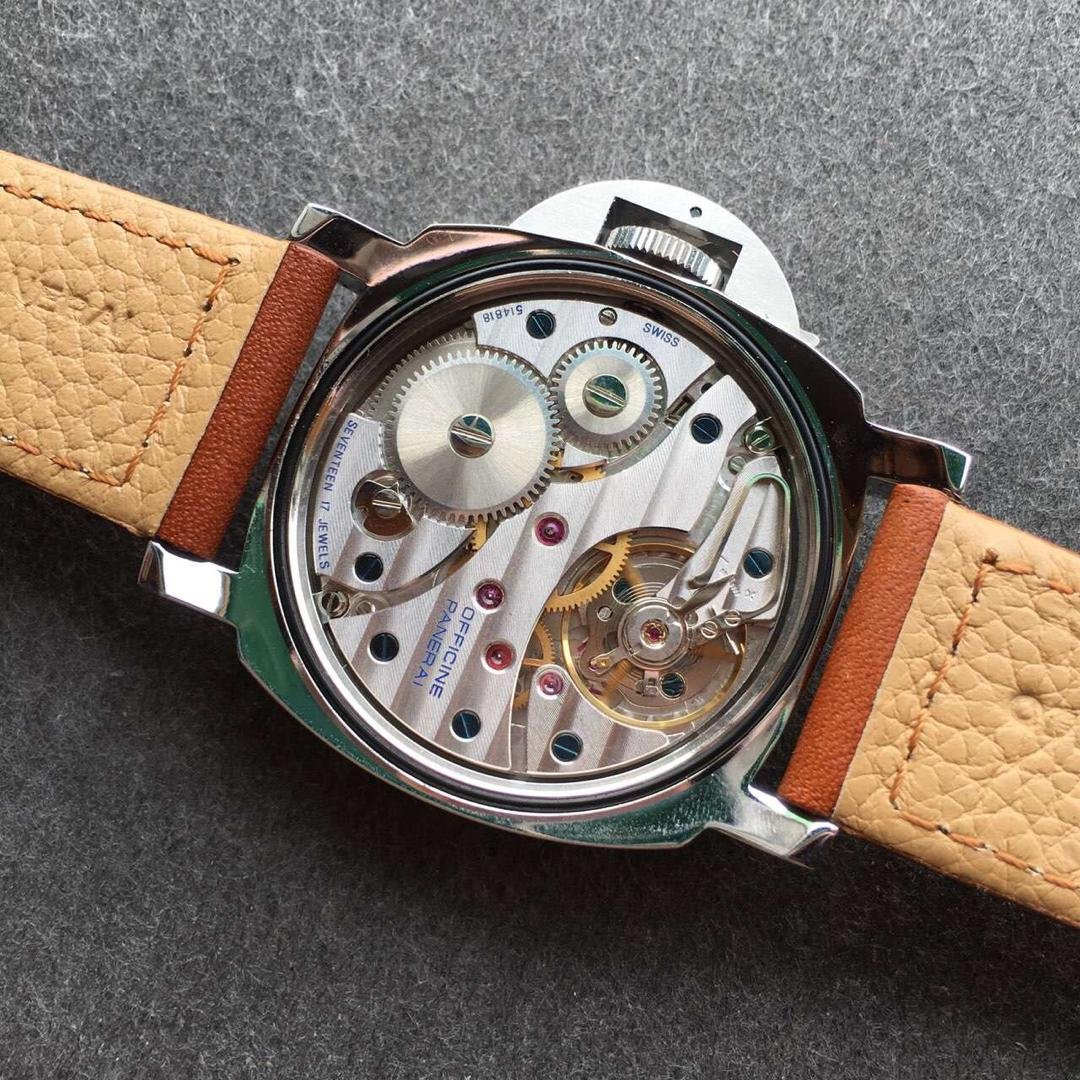 PAM 111 Unitas 6497 Movement
