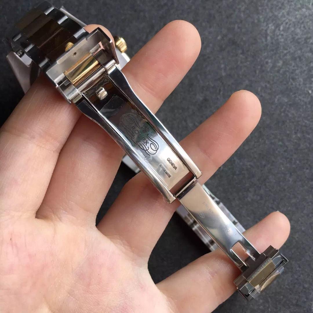 Replica Rolex Submariner 116613LN Clasp