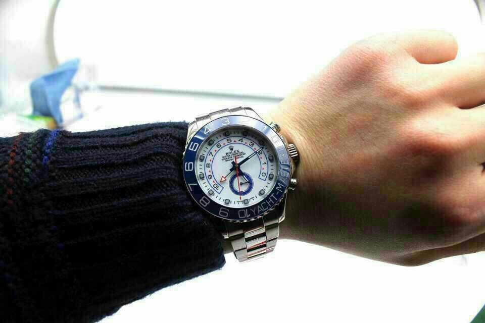 Replica Rolex Yacht-Master II 116680 Wrist Shot