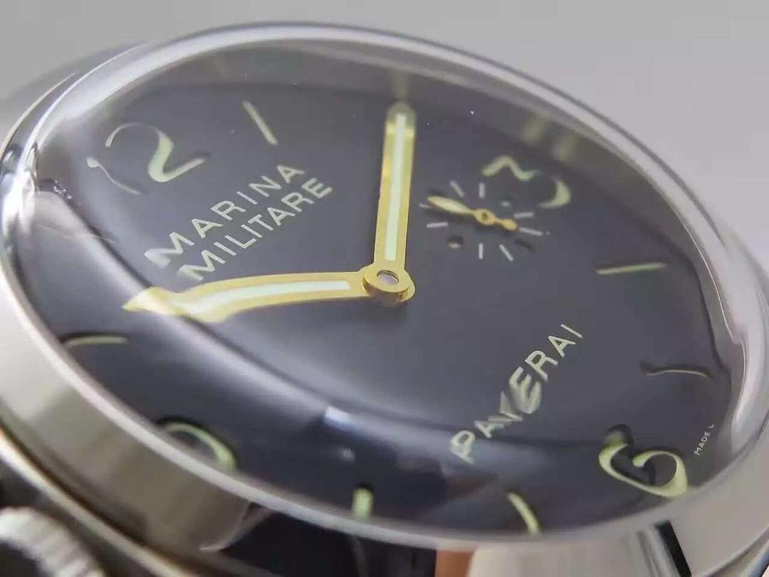 Panerai PAM 217 Golden Hands