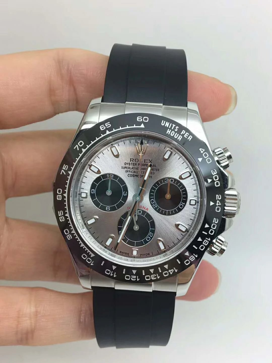 Replica Rolex Silver Grey Daytona