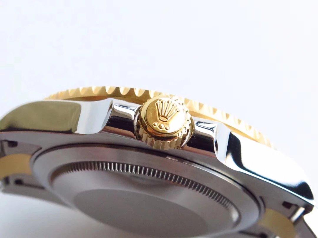 Rolex Submariner 116613 Crown Golden