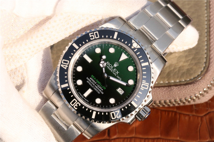 Replica Rolex Sea-Dweller D-Green Watch