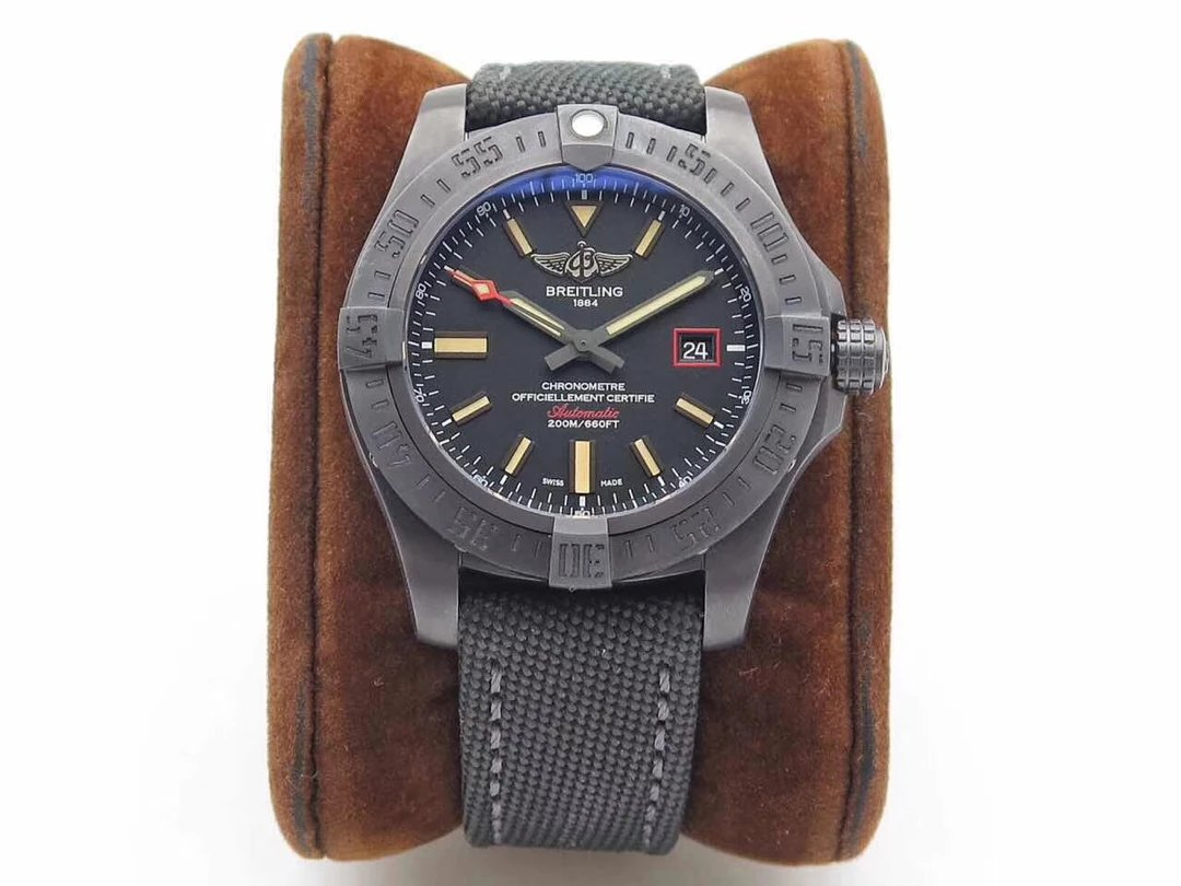 ZF Replica Breitling Avenger BlackBird Watch