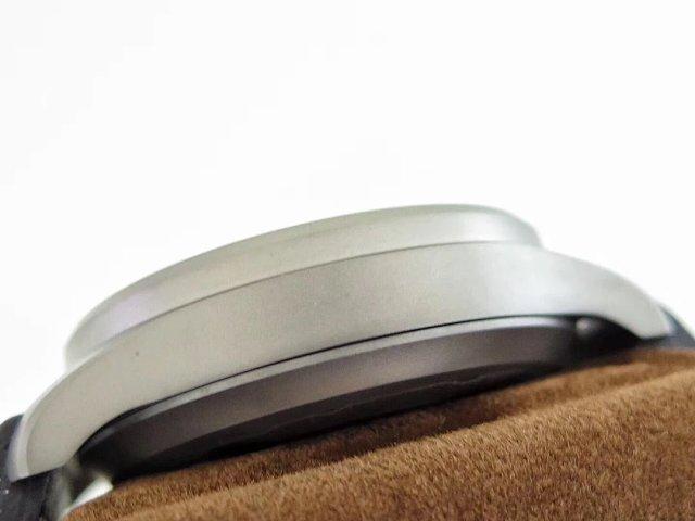 IW510301 Titanium Case