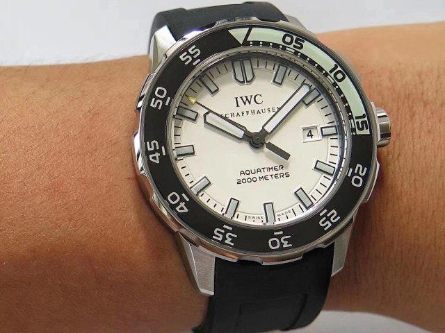 IWC Aquatimer 2000 Wrist Shot