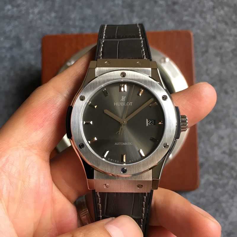 Replica Hublot Classic Fusion 42mm F16 Factory