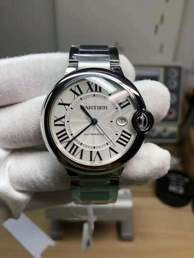 V6 Replica Cartier Ballon Bleu Steel Watch