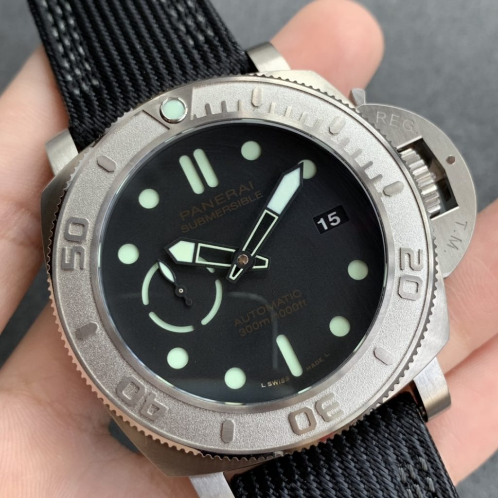 Replica Panerai Submersible Mike Horn