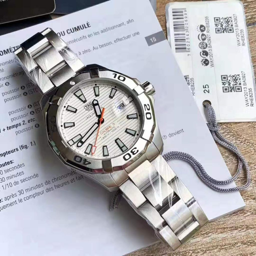 Replica Tag Heuer Aquaracer Calibre 5 300m White