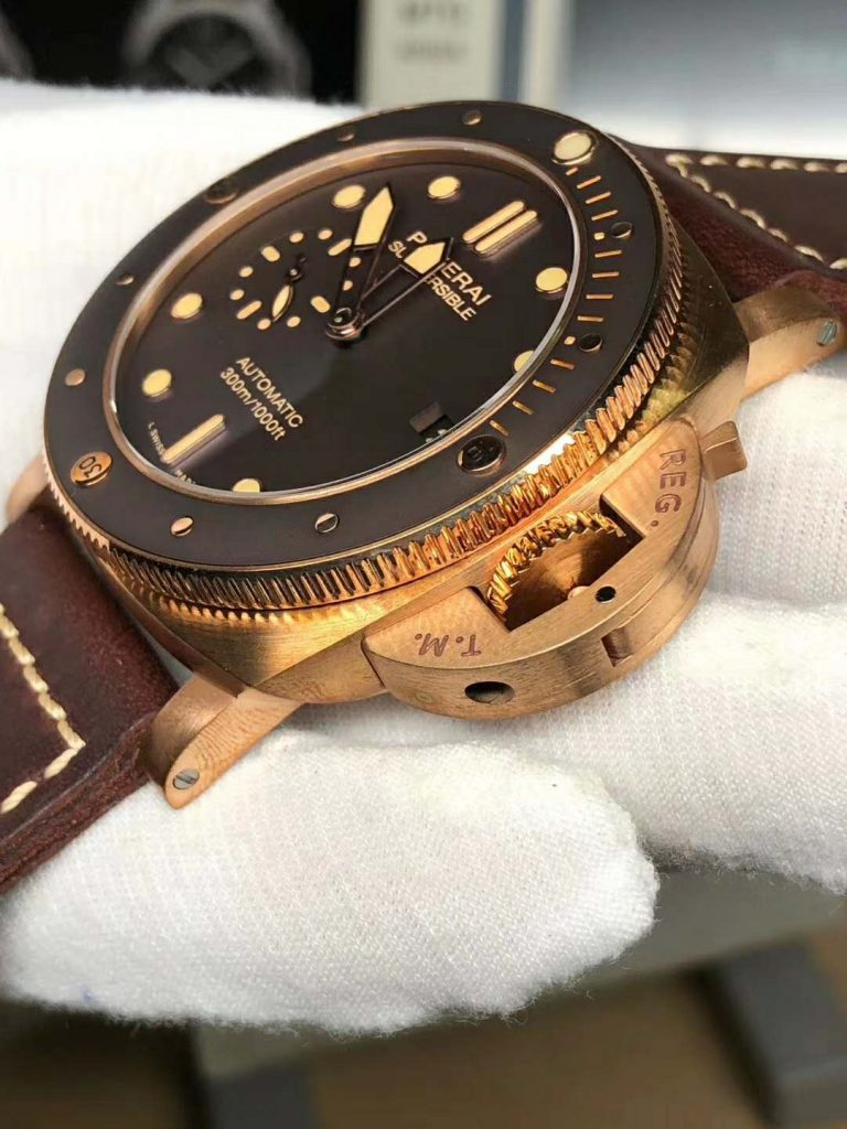 Panerai PAM 968 Crown