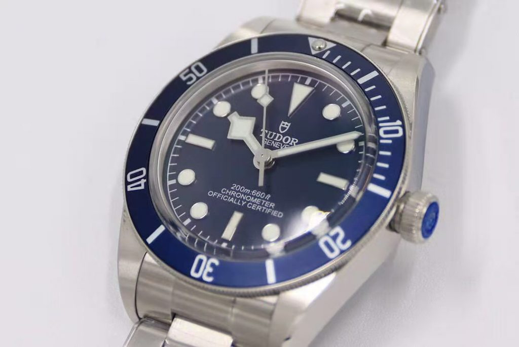 Replica Tudor Black Bay Blue 39mm