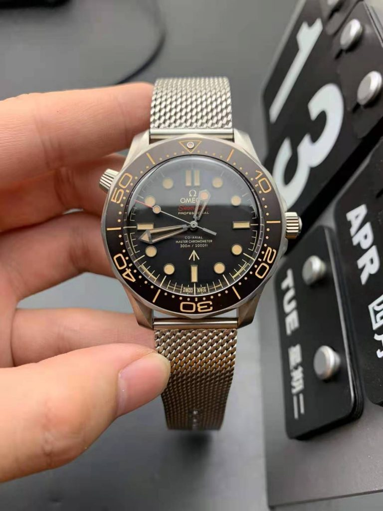 VSF Replica Omega Seamaster No Time to Die