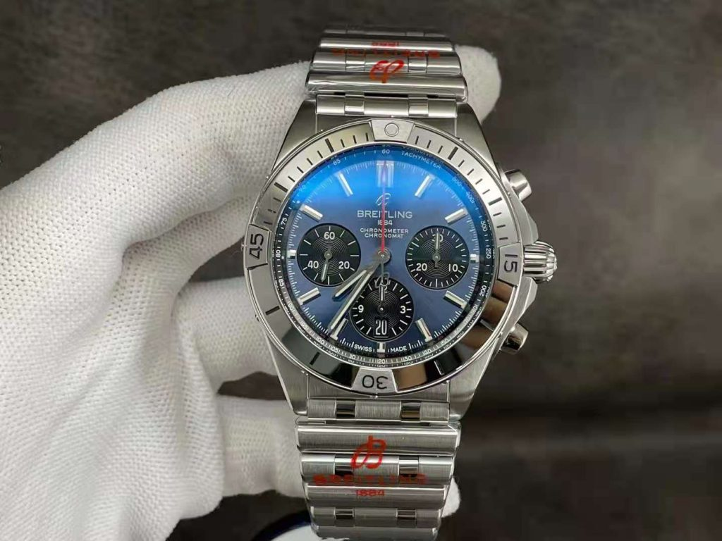 Replica Breitling Chronomat B01 Watch